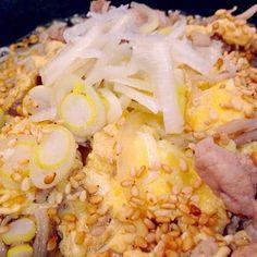 疲れた時は、これが一番! - 14件のもぐもぐ - 豚肉卵とじのニュー麺 by yumikohoriOQ2