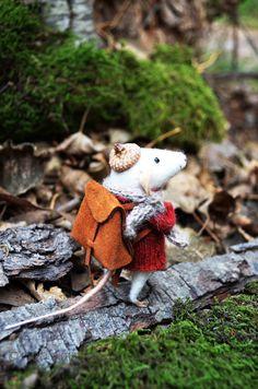 VENTA viajero poco ratón aguja de fieltro por rustlesfromthemeadow