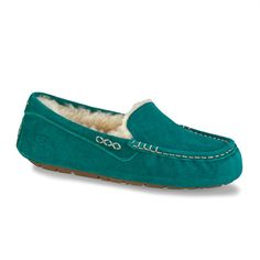 A modern driving moccasin in