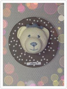 Le Sacre de Dou - ours trophée crochet