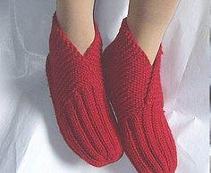 knitting slippers, free knitting pattern and tutorial | make handmade, crochet, craft-free pattern