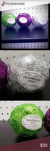 3 Fragrant Jewels Bathbombs Fragrant Jewels Silver: Unwind Purple: Tranquility … - All For Garden Mason Jar Crafts, Mason Jar Diy, Galaxy Bath Bombs, Diy Hanging Shelves, Midnight Garden, Mason Jar Lighting, Cute Diys, Bath Accessories, Diy Flowers