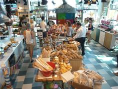 Jamie Oliver shop in Notting Hill London. Ever been? Take a tour with me
