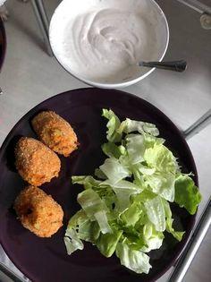 Cukkinis sült sajtgolyók Iron Pan, Kitchen, Food, Cooking, Kitchens, Essen, Meals, Cuisine, Yemek