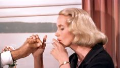 Eva Marie Saint as Eve Kendall