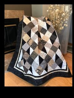 Big Block Quilts, Strip Quilts, Patch Quilt, Quilt Blocks, Batik Quilts, Scrappy Quilts, Easy Quilts, Quilting Projects, Quilting Designs