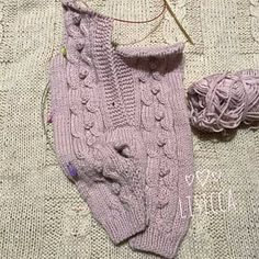 Discover thousands of images about Newborn girl knitted romper set Pink knitted baby romper Baby Knitted Baby Clothes, Knitted Romper, Knitted Baby Blankets, Baby Mittens, Newborn Crochet Patterns, Crochet Baby, Onesie Pattern, Baby Boy Knitting, Kids Knitting