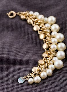 elegant simulated pearls & rhinestones bracelets$36.00 ,Style No.: A420007