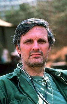 M.A.S.H. (TV Series 1972–1983) - IMDb