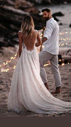 Cute Wedding Dress, Wedding Dress Trends, Long Wedding Dresses, Wedding Attire, Chic Wedding, Bridal Dresses, Wedding Gowns, Trendy Wedding, Bohemian Beach Wedding Dress