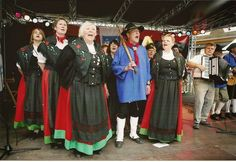 Folk Costumes of Germany. Sachsen-Anhalt  This translates as Saxony-Anhalt, and lies between the states of Saxony [Upper Saxony], and Lower Saxony. This group is from the Harz.