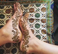 I want to do this | mehndi design on feet | bridal henna | south asian weddings