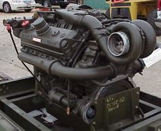 Detroit Diesel 8V71 engine