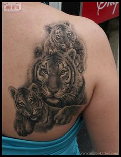 Tiger and cubs by Anabi Tattoo