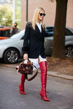 Chiara Ferragni - #botas #botavermelha #celebridades #estilo #moda #looks #streetstyle #vermelha #botavermelha #cool #musthave #needit #tendencia #trend #overtheknee