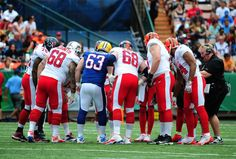 Love this pic of Jeff Saturday with the AFC team at the 2013 Pro Bowl.
