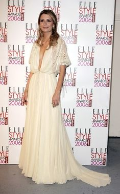 Mischa Barton arrives at the ELLE Style Awards 2006, the fashion magazine's annual awards celebrating style, at the Atlantis Gallery at the Old Truman Brewery on February 20, 2006 in London, England.