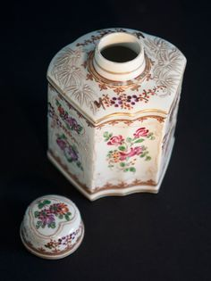 19th Century Hand Painted French Edme Samson Caddie - www.temperleycollectables.co.uk