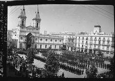 Formación militar en la Plaza de San Antonio en 1953