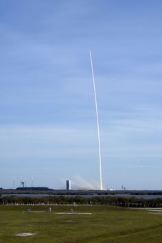 CRS-8 liftoff - SpaceX Photos