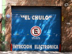 """""""The Pimp"""" mechanic can electronically inject you. It must be a metaphorical pump.  Bonus argentine word of the day: chulo! Or rather the many words available for """"pimp"""":  proxeneta -the actual dictionary word  bacán  chulo- a spanish import  cafiolo, sometimes shortened to fiolo  cafishio ocaficho - Let'spractice pronunciation here! coffee show vs. hmm maybe ka fee tcho with an Italian spin  macró - stress the last letter so as not to be confused with the local bank"""