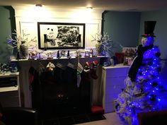 Snowman tree w mantle and snowman picture