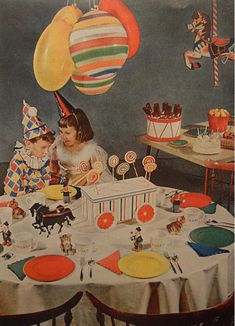 children birthday party decorations interior photo vintage by Christian Montone, Vintage Party, Vintage Birthday Parties, Retro Party, Birthday Party Decorations, Funny Vintage, Retro Funny, Happy Birthday, Circus Birthday, Circus Theme