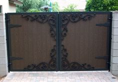 Great Gates and Whiting Iron in Phoenix AZ Wooden Gate Designs, Wooden Gates, Wooden Doors, Exterior Colors, Interior And Exterior, House Front Gate, Driveway Gate, Fence, Automatic Gate