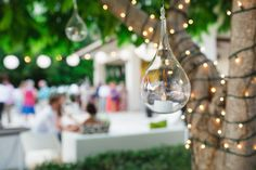 Hanging decor: http://www.stylemepretty.com/destination-weddings/2015/04/24/relaxed-costa-rica-beach-club-wedding/ | Photography: Costa Vida - http://www.costaricawedphotography.com/