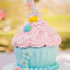 kellihomeniukKelli Homeniuk Fotografia Profissional Whats: (41)99729-6585 #BigCupcake #CakeSmash #11meses #preaniversário #bolo #SmashTheCake #KelliHomeniuk #Curitiba #Ideias #coresbebê #Externo #menina #princesa #Curitiba #Jardim #Diferente #Jardim #borbolatas #passarinho #Flores #laguinho #Ensaio l #bebêPropaganda #esmagando #princesa #flores #fotografaInfantil #fotografadebebês #pordosol #Familia #especializada #Anjo #bolhas
