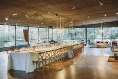 Espacios ideales para celebrar una boda de invierno... Hoy en el blog os presentamos La Orangerie de Masia Ribas http://www.unabodaoriginal.es/blog/donde-como-y-cuando/espacios/la-orangerie-de-masia-ribas