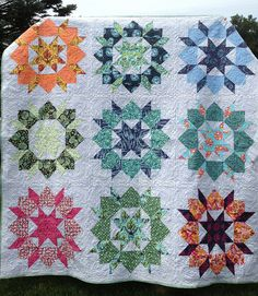 A Tula Pink Swoon quilt! Swoon.