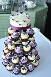 Wedding Cakes Pictures: Purple Wedding Cupcakes ( maybe for birthday party :) ) Cupcake Cakes, Butterfly Cupcakes, Purple Wedding Cupcakes, Cupcake Wedding, Beautiful Cakes, Amazing Cakes, Wedding Cake Photos, Let Them Eat Cake, Party