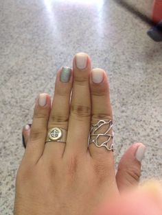 how to get acrylic nails off at home with acetone