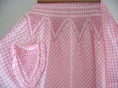 Vintage Hand Made Pink and White Gingham Half Apron  por Klassic, $18.00