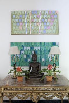 A Buddha is not just a decorative piece, you will feel it's positivity home. Jorge Elias, Zen Space, Meditation Rooms, Ethnic Decor, Colorful Wallpaper, Decor Interior Design, Interior Architecture, Toque, Artwork