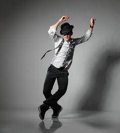 """Resolve to work on your """"bad side"""" in 2015, advises Broadway choreographer Andy Blankenbuehler. Get more resolution inspiration for 2015. (Photo by Matthew Karas) Action Pose Reference, Human Poses Reference, Pose Reference Photo, Action Poses, Dancer Photography, Dance Like No One Is Watching, Poses References, Figure Poses, Dynamic Poses"""