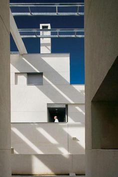 Madrid Housing - Photo | Morphopedia | Morphosis Architects