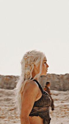 game of thrones Arte Game Of Thrones, Game Of Thrones Facts, Game Of Thrones Quotes, Game Of Thrones Funny, Daenerys Targaryen, Khaleesi, Emilia Clarke, Game Of Thrones Wallpaper, Game Of Thones