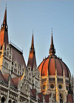 Parliament afternoon. Parlamento de Budapest