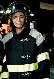 JJG en sapeur pompier, wow, j'adore et j'adhère loooool