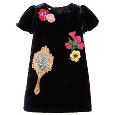 156.75$  Watch now - https://alitems.com/g/1e8d114494b01f4c715516525dc3e8/?i=5&ulp=https%3A%2F%2Fwww.aliexpress.com%2Fitem%2FAutumn-winter-Girls-baby-pleuche-Sequins-patch-embroidered-Dress-princess-sequins-mirror-dresses-green-wholesale%2F32773787862.html - New Girls baby Flower sequins magic mirror short sleeves Dress Designer princess pleuche Dresses wholesale 2017 156.75$