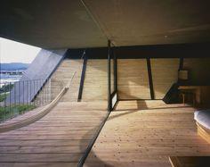 Image 4 of 25 from gallery of Ecotone Hotel In Biwako - Sound Of Wind / Ryuichi Ashizawa Architects. Photograph by Kaori Ichikawa