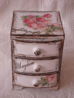 shabby chic mini dresser
