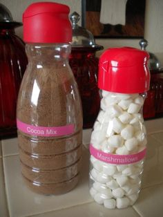 Instead Of Tossing Her Coffee Creamer Bottles Mom Uses Them In Ways That Can Help Everyone Reuse Plastic Containers, Recycling Containers, Plastic Bottles, Food Containers, Coffee Creamer Bottles, Coffee Jars, Tips & Tricks, Food Storage, Cereal Storage