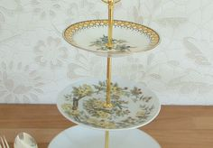 Beautiful Vintage Plates Cake Stand - buy preloved at www.sellmywedding.co.uk