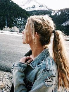 Summer Braids :: Beach Hair :: Natural Waves :: Brunette + Blonde :: Boho Festival :: Messy Manes :: Long Locks :: See more DIY Simple + Easy Hairstyle Tutorials + Inspiration Hair Inspo, Hair Inspiration, Coiffure Hair, Aesthetic Hair, Couple Aesthetic, Hair Day, Cool Hairstyles, Braided Ponytail Hairstyles, Hair Ponytail