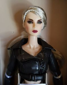 Fashion Royalty NuFace  W Club Integrity Smoke and Mirrors Lillith NRFB Doll  #Integrity