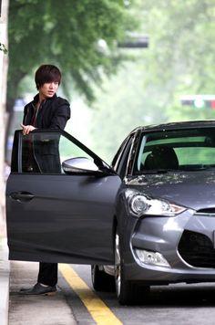 I will never get over Lee Minho in City Hunter, seriously. Korean Drama Stars, Korean Star, Korean Men, Asian Men, Boys Before Flowers, Boys Over Flowers, Korean Celebrities, Korean Actors, Korean Dramas