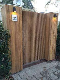 Wood Fence Design, Modern Fence Design, Door Design, Exterior Design, Farm Fence, Backyard Fences, Front Gates, Entrance Gates, Wooden Gates